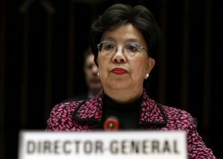 La directora general de la Organización Mundial de la Salud, Margaret Chan, durante una reunión para informar sobre el virus de Zika, en Ginebra, Suiza. 28 de enero de 2016. El virus de Zika es altamente sospechoso de causar defectos congénitos e infectará a entre 3 y 4 millones de personas en América, incluidos 1,5 millones en Brasil, dijo el jueves un experto de la Organización Mundial de la Salud (OMS). REUTERS/Denis Balibouse