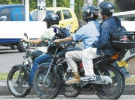 motociclistas parrillero prohibición Bogotá