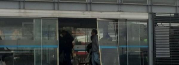 $122 millones en multas por colarse en TransMilenio