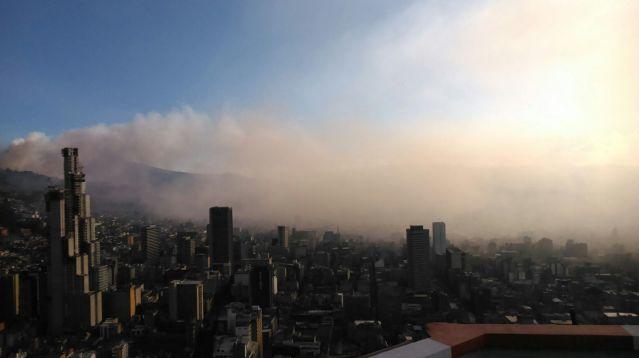 Incendios Cerros, foto vía Publimetro