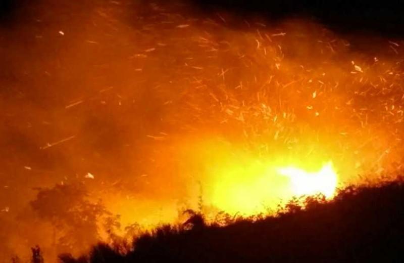 Incendio-Llamas-Sierra-Nevada foto vía @RadioMagdalena