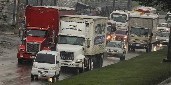 Transporte de Carga, foto vía Mauricio León - El Tiempo