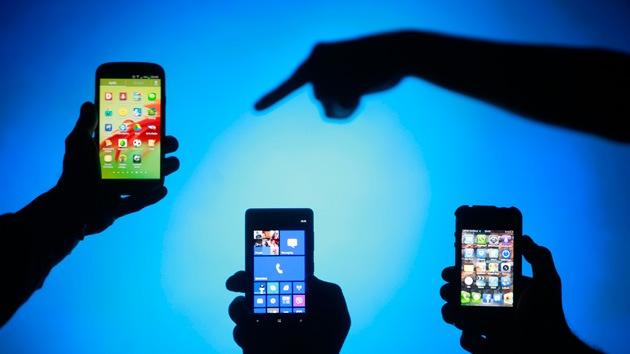 d049642fd21 Unos 36,4 millones de teléfonos móviles fueron registrados ante los  operadores.