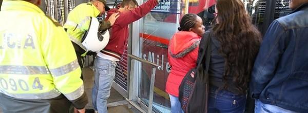 ¡Tenga cuidado! Conozca las 10 estaciones donde más roban en TransMilenio