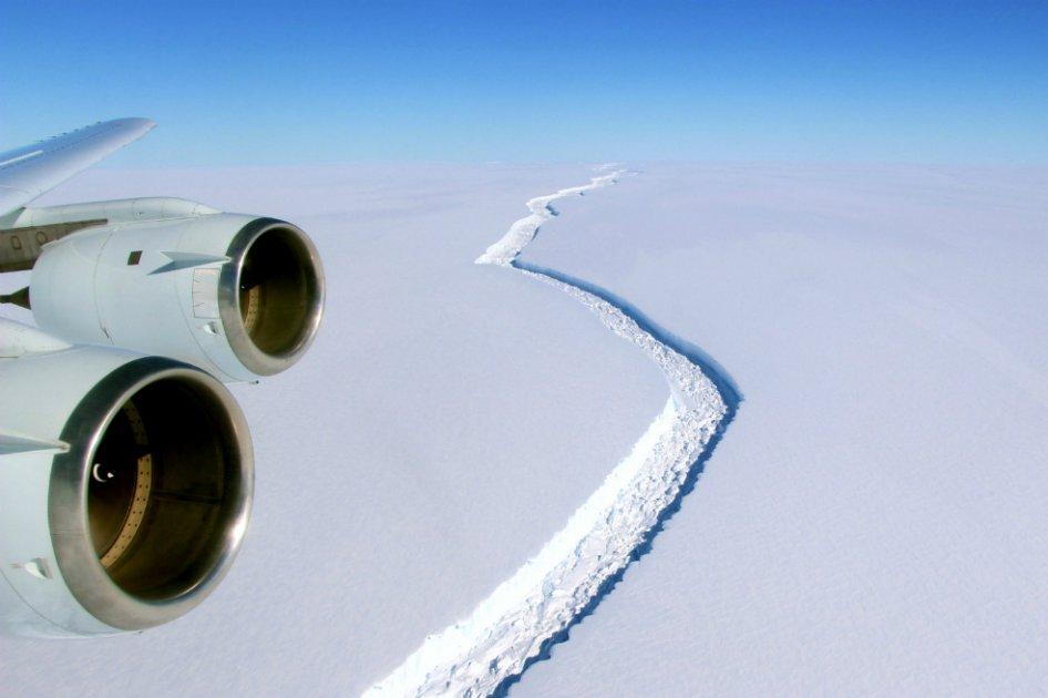 Se desprendió el súper iceberg de la Antártida
