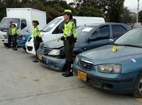 Algunos de los vehículos recuperados por las autoridades, foto vía Policía de Tránsito - Radio Universitaria URepublicanaRadio