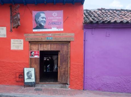 Teatro la Candelaria- Conoce los mejores teatros de Bogotá - radio universitaria urepublicanaradio 1-01-Teatro La Candelaria-042Fachada 42-David Cardenas_result